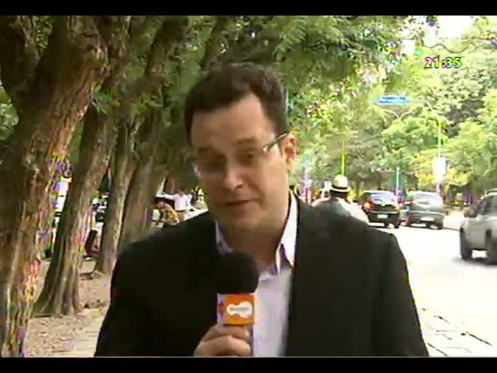 TVCOM Tudo Mais - Rodrigo Lopes homenageia Porto Alegre falando do Bom Fim