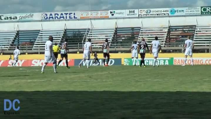 Confira o gol de Éverton Santos, do Figueirense, por um ângulo diferente