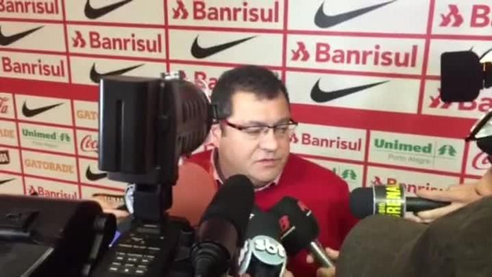 Carlos Pellegrini avalia empate com a Chapecoense