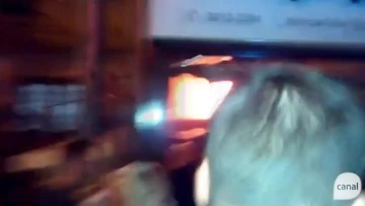 Fogo atinge casa no bairro Cruzeiro
