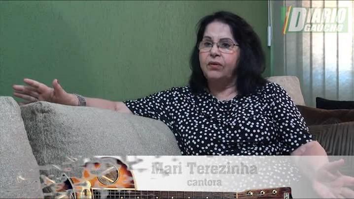 """Estrelando Teixeirinha: \""""Eu não matei Teixeirinha\"""", diz Mari Terezinha"""