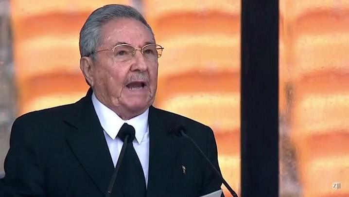 Raúl Castro manda saudação a brasileiros