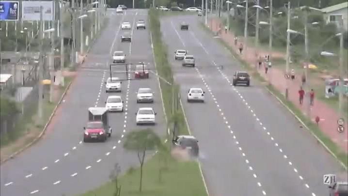 Infrações de trânsito: excesso de velocidade
