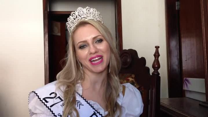 Conheça Raquel Ramthum a rainha da 27° Schützenfest