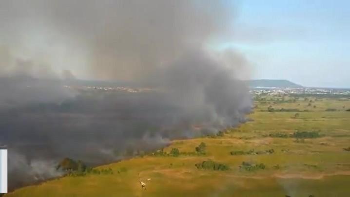 Imagens aéreas mostram extensão do incêndio em Palhoça