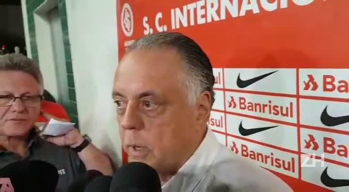 """Fernando Carvalho fala sobre arbitragem: \""""Foi decisiva\"""""""