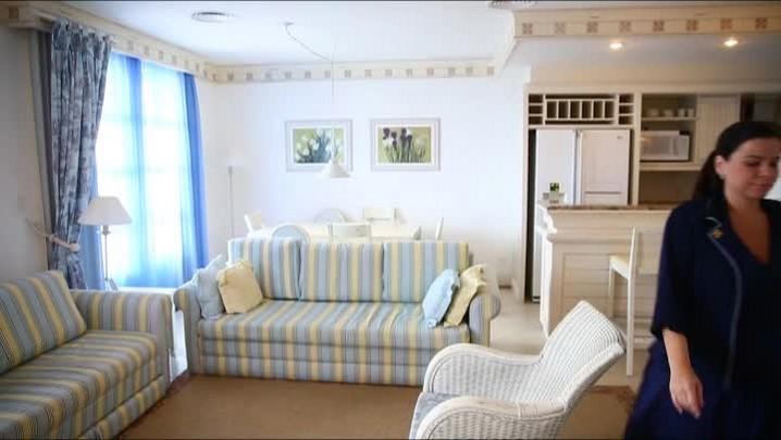 O quarto de Paris Hilton em Floripa