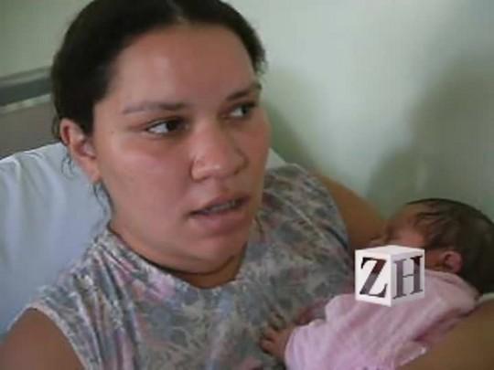 "\""Me sinto frustrada\"", afirma mãe após a cesariana"