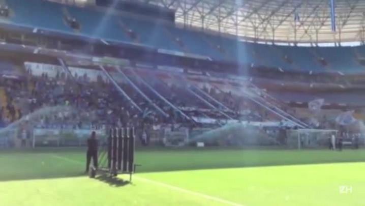 """Grêmio faz último treino com \""""alentaço\"""" da torcida"""