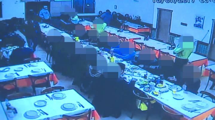 Trio assalta restaurante no bairro Santana