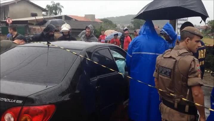Polícia investiga acidente em que PM foi encontrado baleado na cabeça