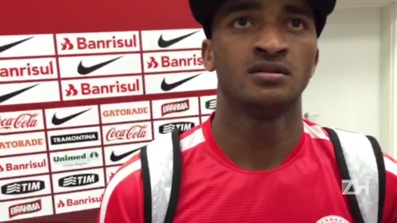Artur fala sobre substituir Geferson na vitória sobre o Palmeiras