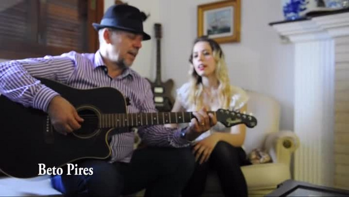 Beto Pires toca e canta com sua filha Juliana