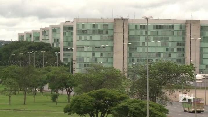 Governo anuncia corte de 23,4 bilhões no orçamento