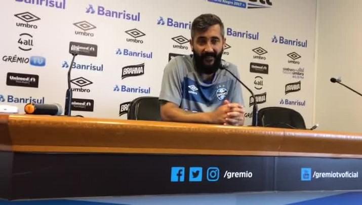 Douglas projeta nova temporada para o Grêmio