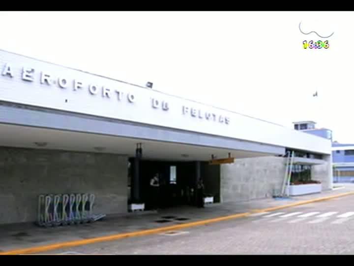 Porto da Copa - O \'estrangeiro\' testa os serviços de atendimento da rodoviária e uma churrascaria - Bloco 2 - 06/04/2013