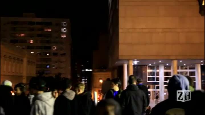 Após ato na Matriz, Capital tem noite de confrontos e vandalismo