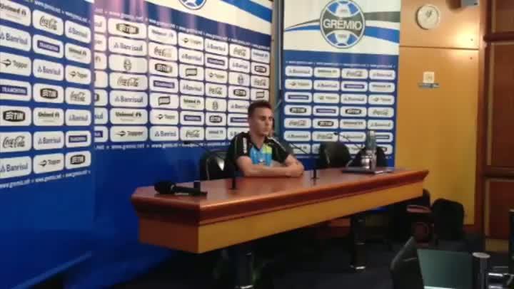 """Com defesa \""""ex-Juventude\"""", Grêmio viaja encaminhado para a reestreia de Renato. 05/07/2013"""
