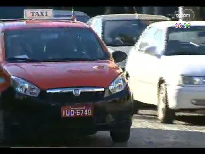 TVCOM 20 Horas - Informações sobre o fim da cobrança de taxa do rádiotáxi e operação tapa-buracos em Venâncio Aires - Bloco 2 - 04/09/2013