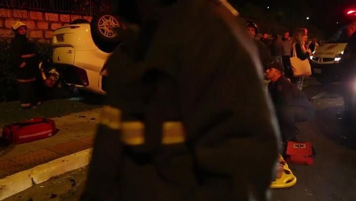 Acidente na Avenida Beira Mar em Florianópolis na noite de quinta-feira