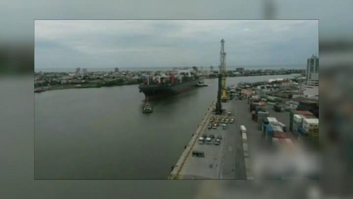Estrutura da Volvo Ocean Race chega a Itajaí