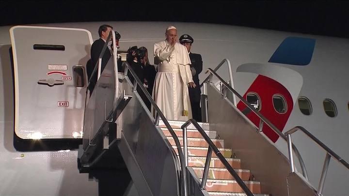Papa admite que tentou ajudar nas negociações de paz na Colômbia