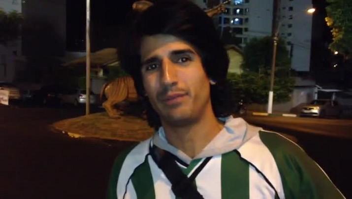Torcedor do Atlético Nacional viajou 56 dias e já está em Chapecó