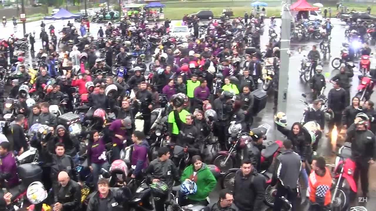 Motociclistas fazem procissão de Nossa Senhora Aparecida