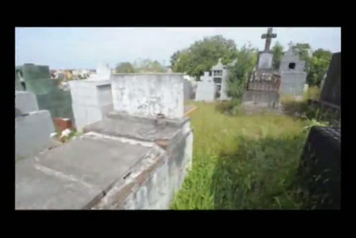 Cemitério Ecumênico de Santa Maria é o retrato do descaso