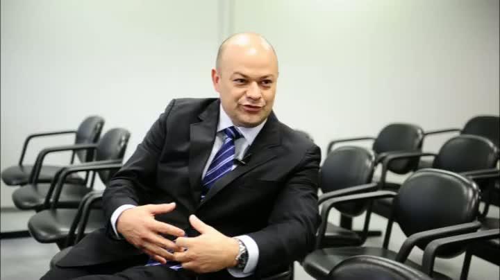 Vestibulanda tira dúvidas sobre a carreira em Direito
