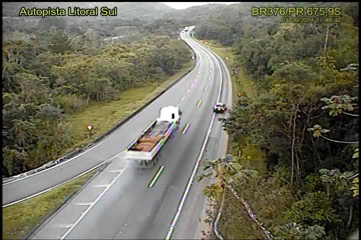Confira imagens do caminhão antes do acidente na BR-376