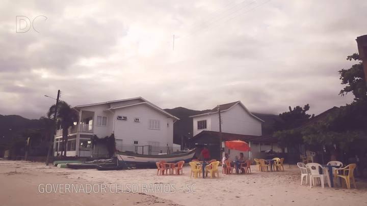 #DCpelaspraias: um boteco na beira do mar em Governador Celso Ramos