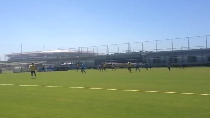 Miller e Ramiro têm boa movimentação em treino do Grêmio no CT