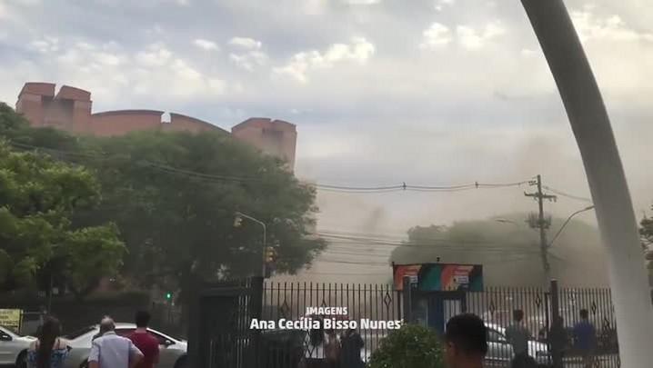 Leitora registra incêndio em shopping, na Capital