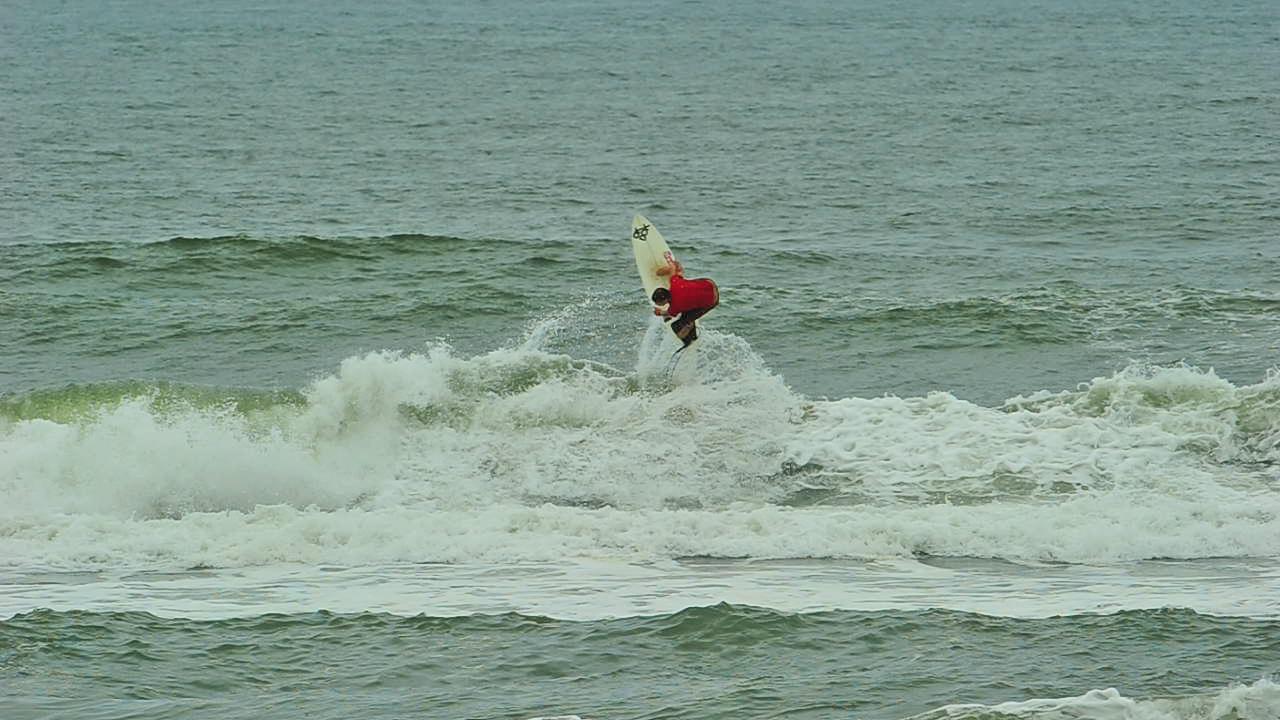 Nas ondas da família surfe