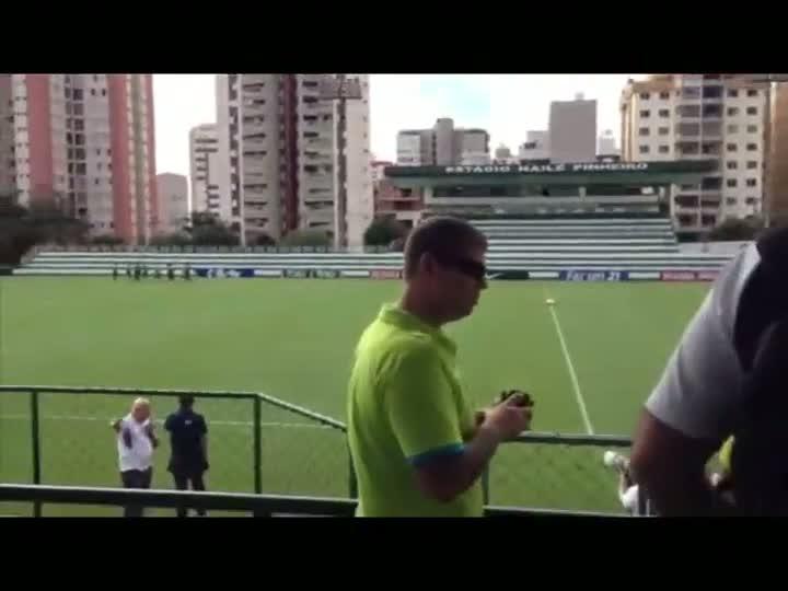 Seleção faz treino fechado em Goiânia - 04/06/2013