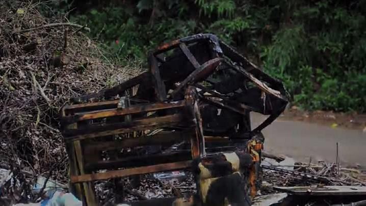 Lixo e restos da construção civil são jogados no lugar errado em Joinville