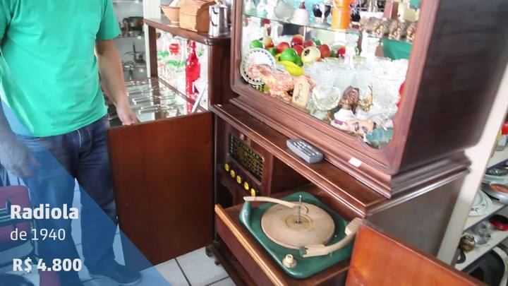 Confira os objetos mais antigos e inusitados guardados nas lojas de Florianópolis