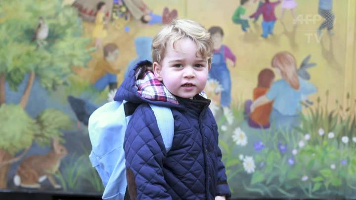 Príncipe George vai à creche