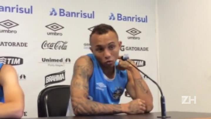 Everton fala sobre oportunidade na equipe principal do Grêmio