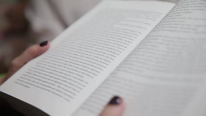 Porto-alegrense trabalha como Leitora Particular