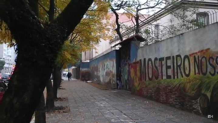 Religiosas vivem em clausura em mosteiro na Cidade Baixa