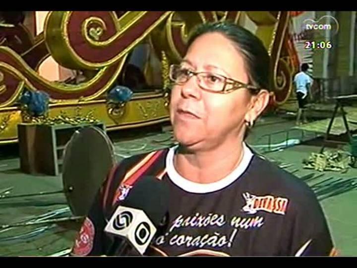 TVCOM Tudo Mais - Preparativos da escola de samba Unidos da Cova da Onça