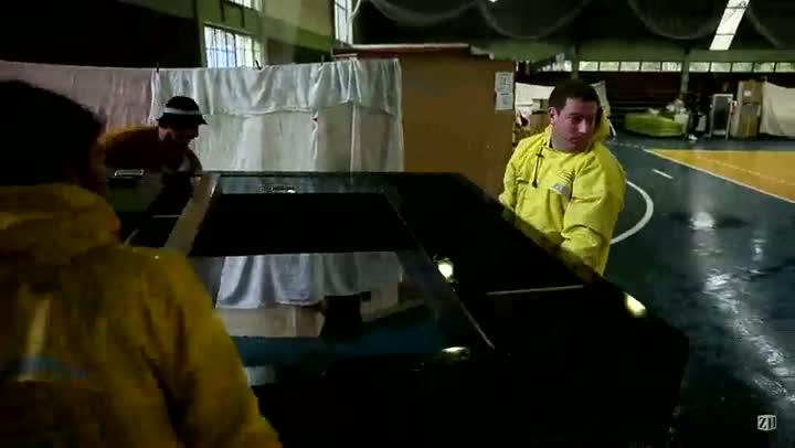 Famílias realocadas em ginásio municipal em São Sebastião do Caí