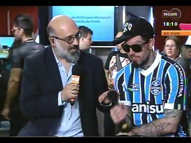 Programa do Roger - Entrevista com Tico Santa Cruz e Lucas Silveira na Festa Nacional da Música - bloco 3 - 22/10/2013
