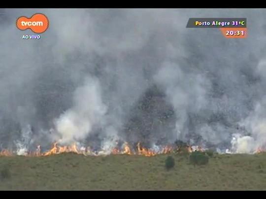 TVCOM 20 Horas - Incêndio ocorre em área de preservação ambiental em Viamão - 09/12/2014