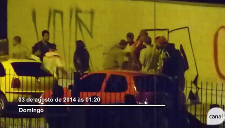 Mulher usa a internet para denunciar baderna no bairro São Leopoldo, em Caxias do Sul