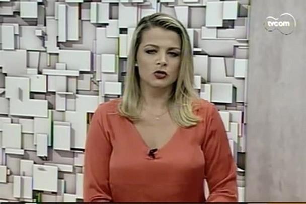 TVCOM 20h - Com obras do aeroporto Hercílio Luz paradas há quase 5 meses, passageiros enfrentam transtornos - 19.1.15