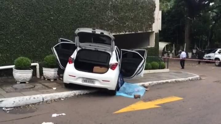 Veja imagens do Hospital Divina Providência após assalto que terminou em morte na zona sul de Porto Alegre