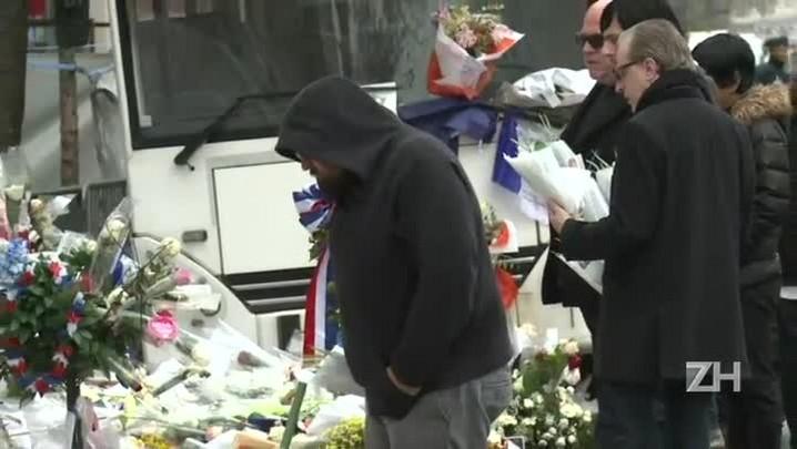 Banda que tocava no Bataclan volta ao local após atentados
